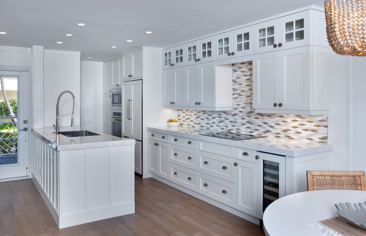 Beach Bungalow - Kitchen by Wright Interior Group