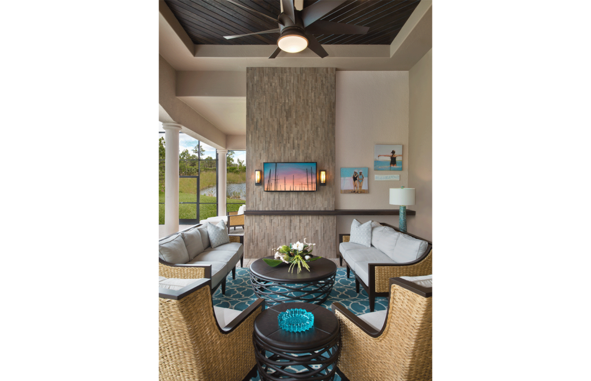 Tailored Transitional - Outdoor Living